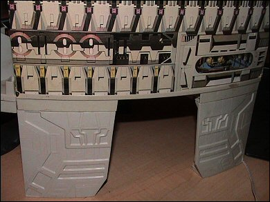 Star Wars Death Star playset - photos copyright 2006 Earl Green / theLogBook.com; special thanks to Andrew Wester
